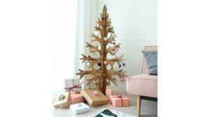 Pohon Natal dengan Tema Ombre Minimalis Atau Silver Elegan